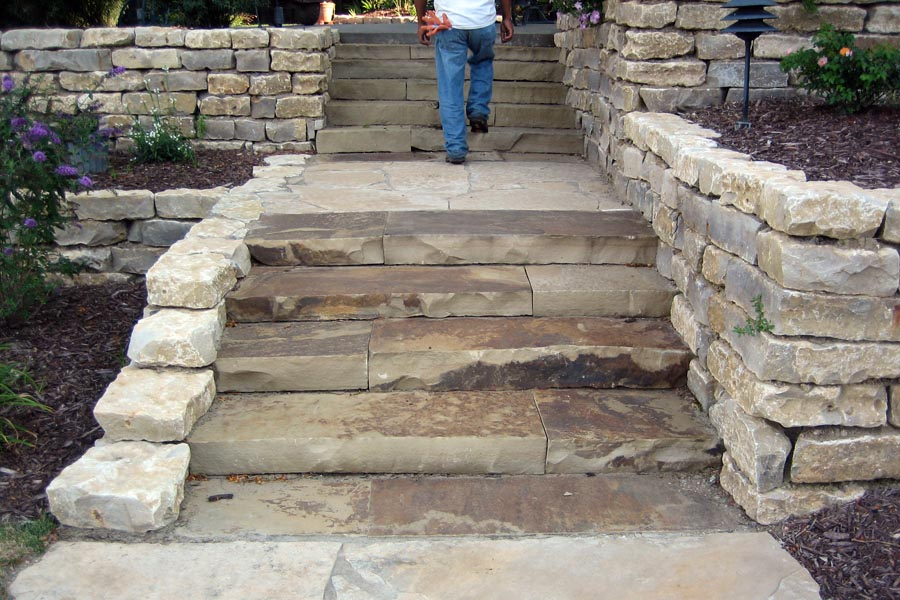 Keota Buff Flagstone Steps