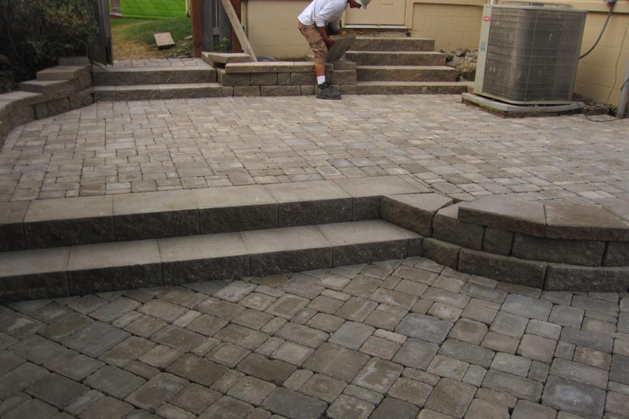 Multi-Level Patio with Highland Block and Dublin Cobble Stone