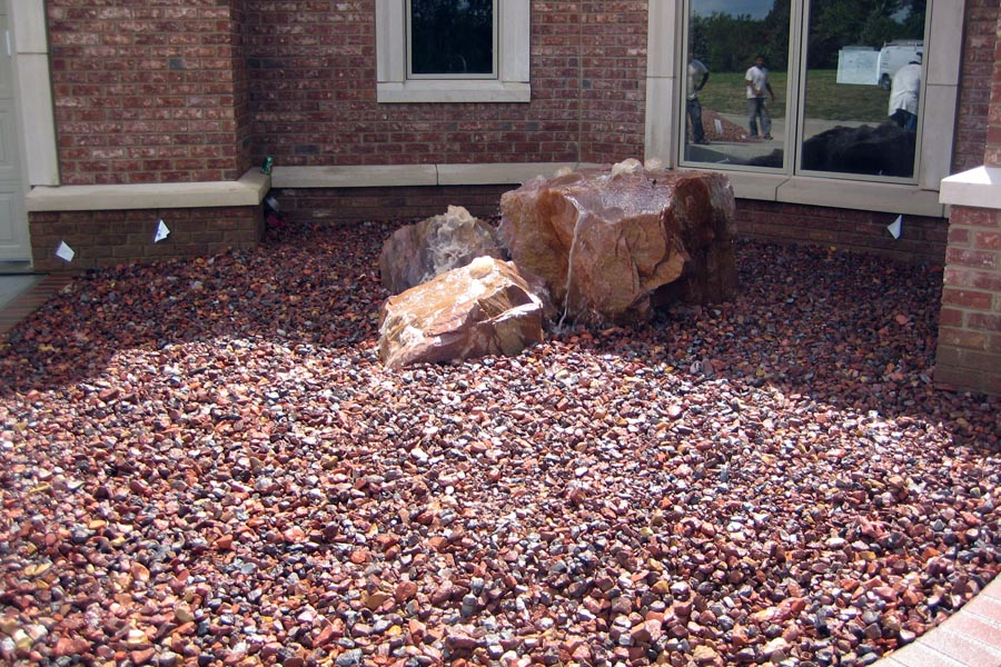 Bubbling Rock Water Feature